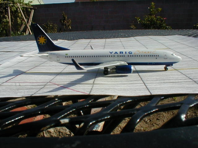 Dragon Wings' VARIG 737-800